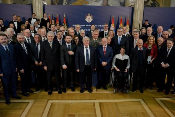 Додељена одликовања поводом Дана државности Србије  Заслуге за одбрану и безбедност - Прва управа БИА